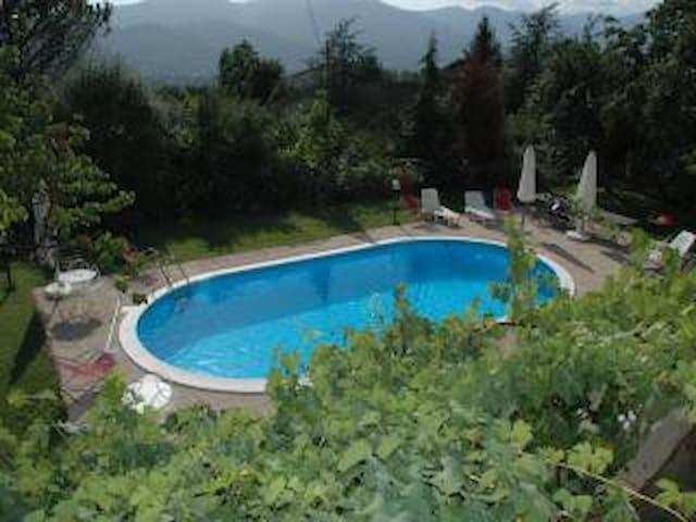 Colle Delle Noci Bagnone Toscana - Bagnone - House