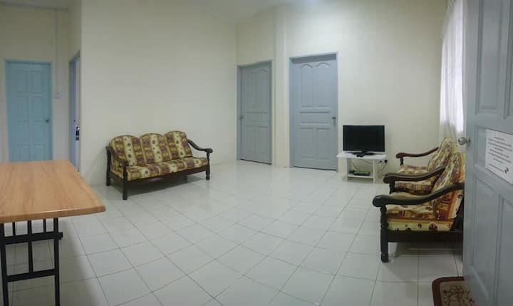 Friendship Homestay Lot 10