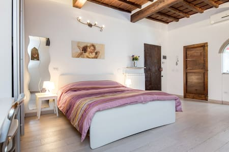 Lovely apartment in historic center - Florenz - Wohnung