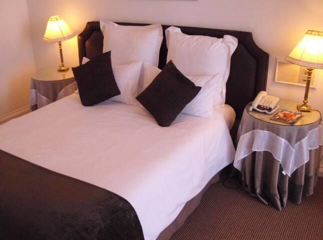 Savoy Hotel Kimberley - city centre