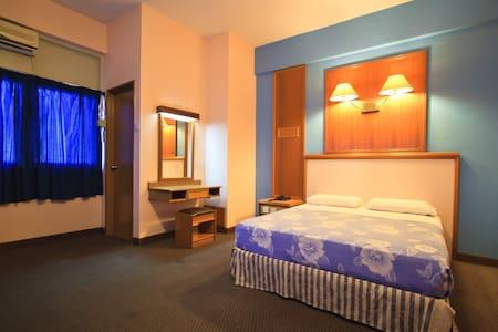Double En Suite - George Town - Bed & Breakfast