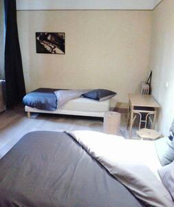 Belle chambre 3 personnes - Cosne-Cours-sur-Loire