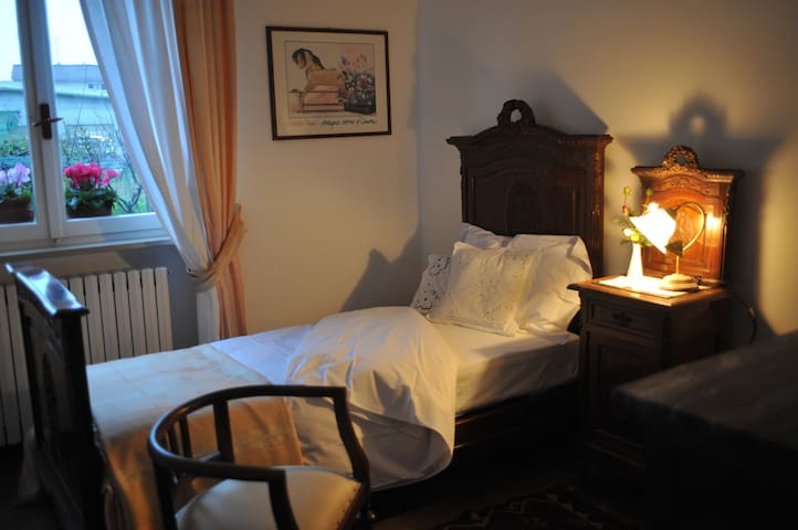 Villa Calcaterra suite and rooms - Cameri - Bed & Breakfast