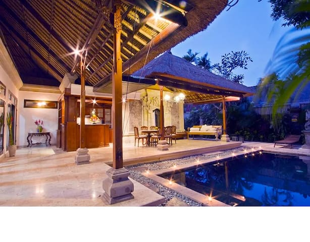 Villa Sanskriti- 3 bedroom villa with private pool - South Denpasar - Villa