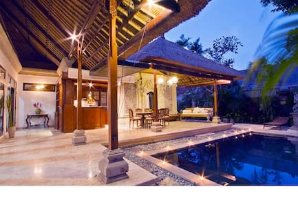Villa Sanskriti- 3 bedroom villa with private pool - South Denpasar - Willa