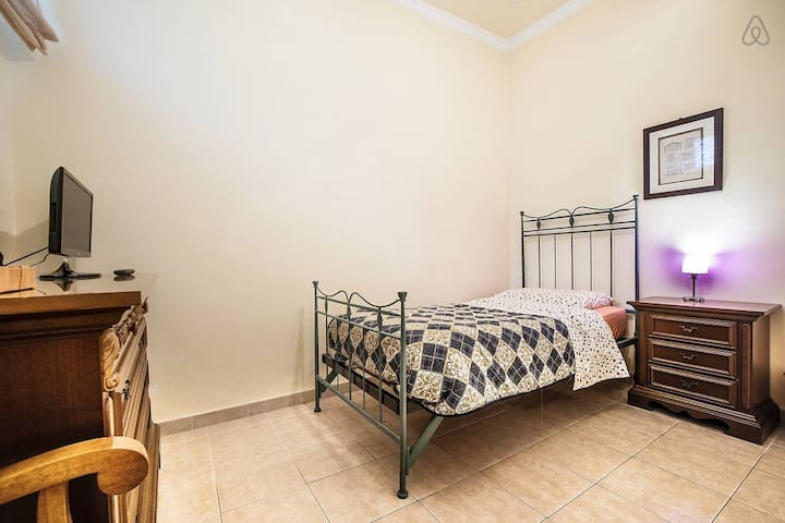 Camera singola in B&B - Polla - Bed & Breakfast