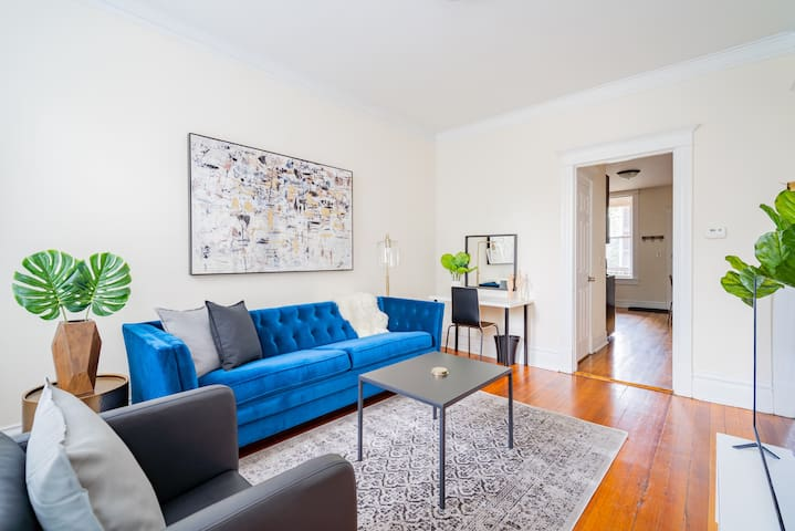 ❤️$2100 MAY DEALS! Neat & Germ-Free 2BR|Bucktown
