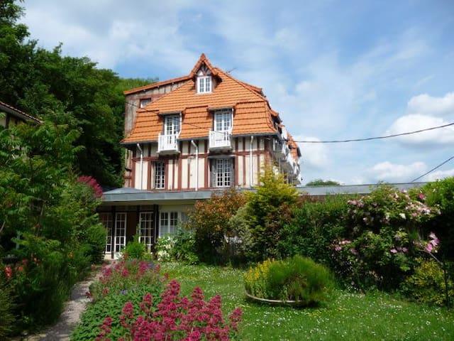 Dans une résidence anglo normande - Dieppe - Apartment