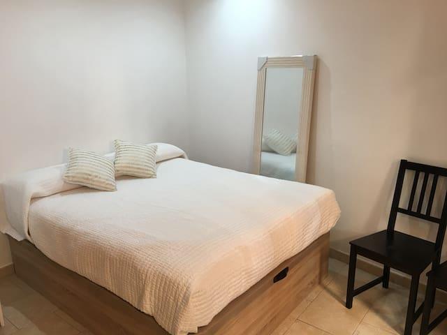 """Estudio en el encantador """"Barri Vell"""" de Girona - Girona - Apartment"""