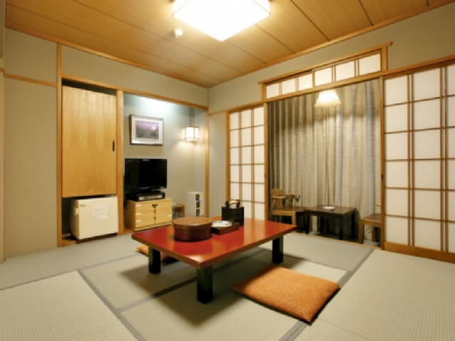 3mins->Nihonbashi Sta./Japanese-style room