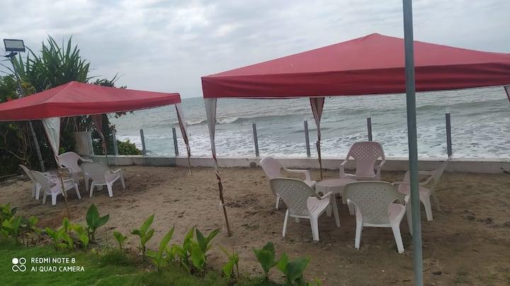 Amazing apartment facing the sea in Tonsupa