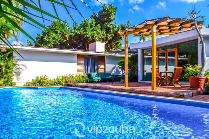4BR Amazing villa with private swimming pool