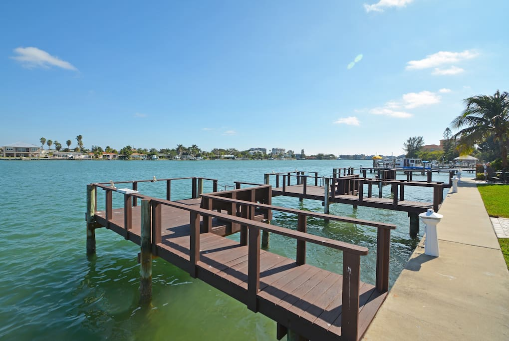 3 fishing docks. Looking out at Boca Ciega Bay