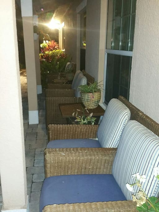 Front porch to seat out relaxing listening to the wild life just across
