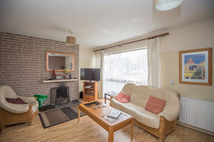 3 Bed house ,near sea , big lounge in Bayside - Sutton - Maison