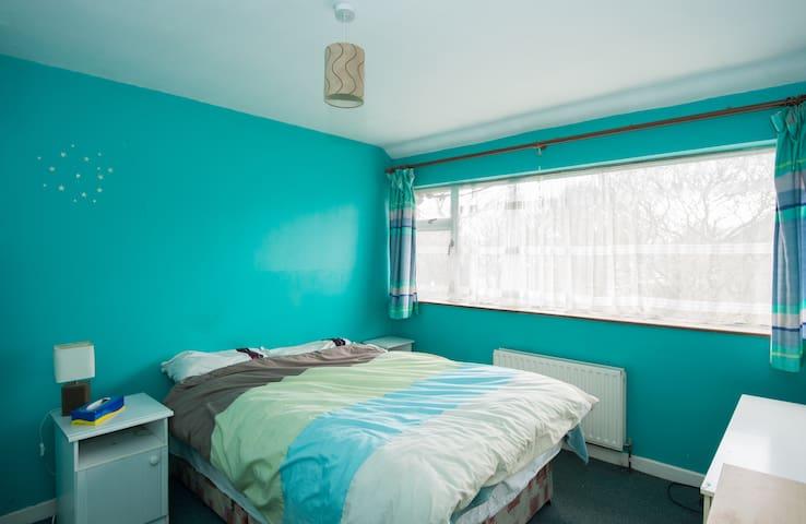 3 Bed house ,near sea , big lounge in Bayside - Sutton - Ev