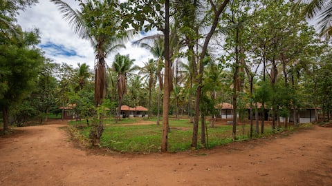 Beyondurban Farmstay near Bengaluru Kings Cottage2