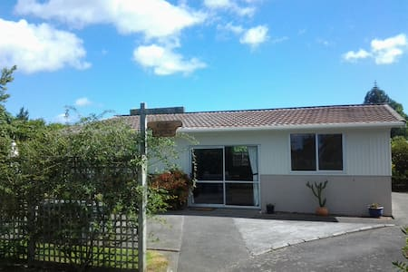 Lifestyle or farmstay accommodation - Kumeu - Casa
