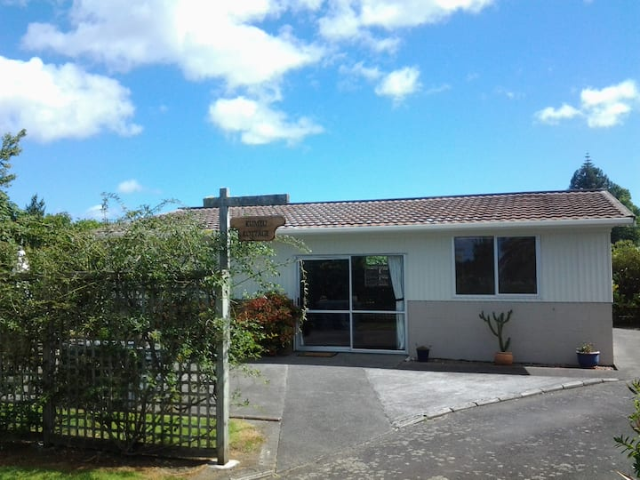 Lifestyle or farmstay accommodation