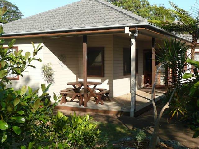 Pet friendly beach house  - Werri Beach