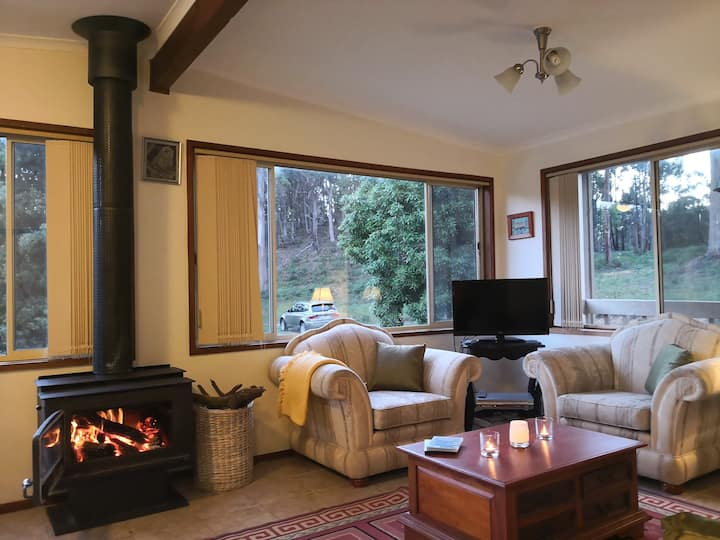 TRENTHAM NEARBY - Misty Mountain  Pet Friendly