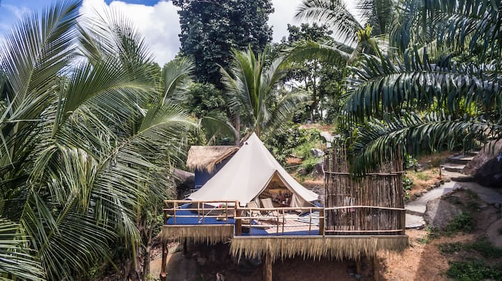 Retro Mountain  Luxury Tent Beach Club Resort