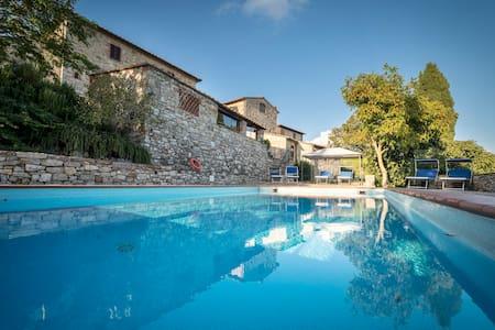 Appartamento Collelungo - Castellina in Chianti