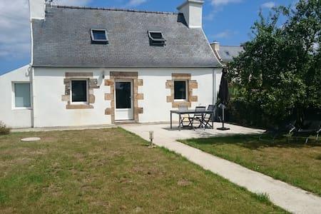 Maison bretonne typique - Plouezoc'h