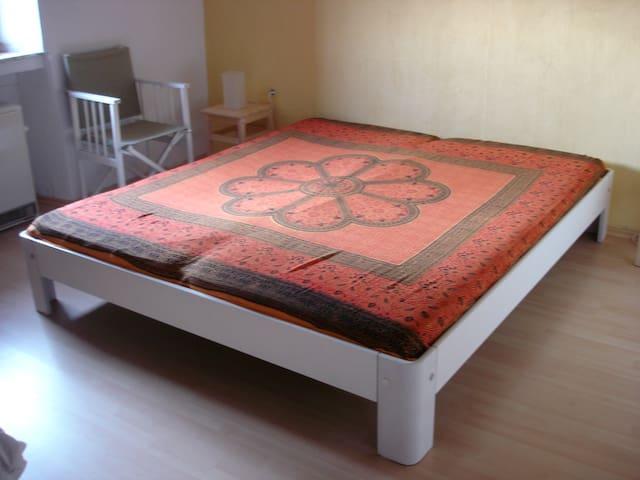 Slaapkamer 1 (3 bedden)