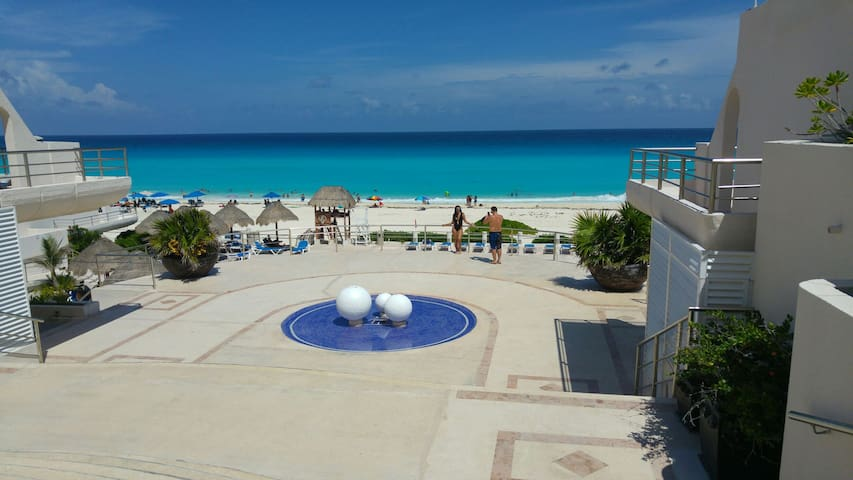 Vacation Cancun Paradise