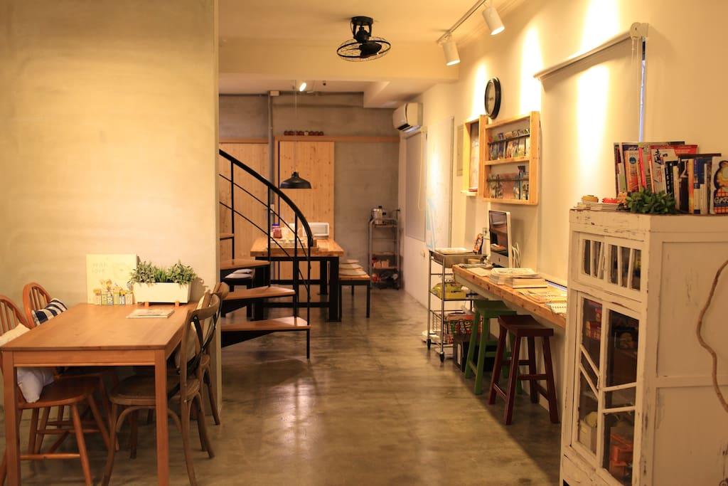 公共空間-客廳、廚房。