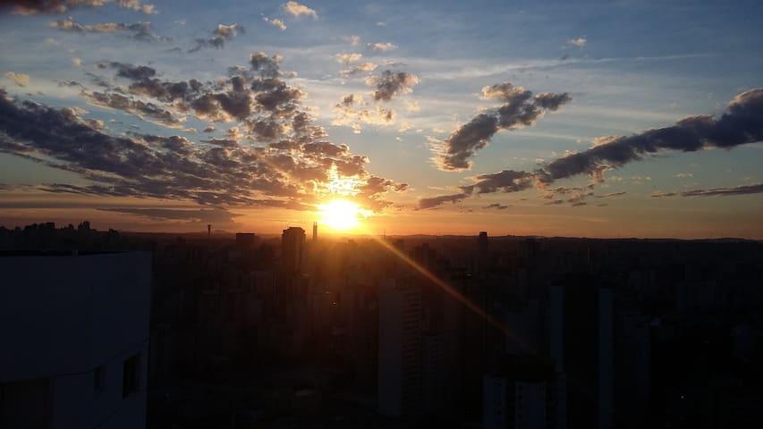 DUPLEX CHARMOSO - Sunrise in Curitiba