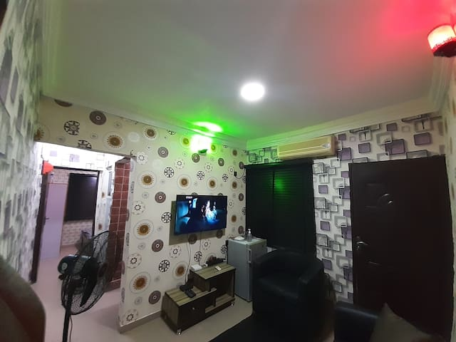 Dinero Cozy Executive Apartment in Surulere
