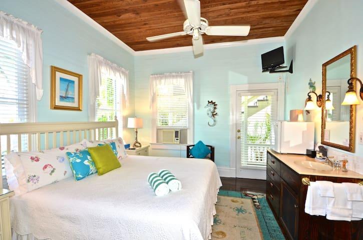 Curry House Bed & Breakfast Room #5 - Key West - Bed & Breakfast