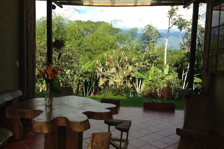 Charming coffee region farm escape
