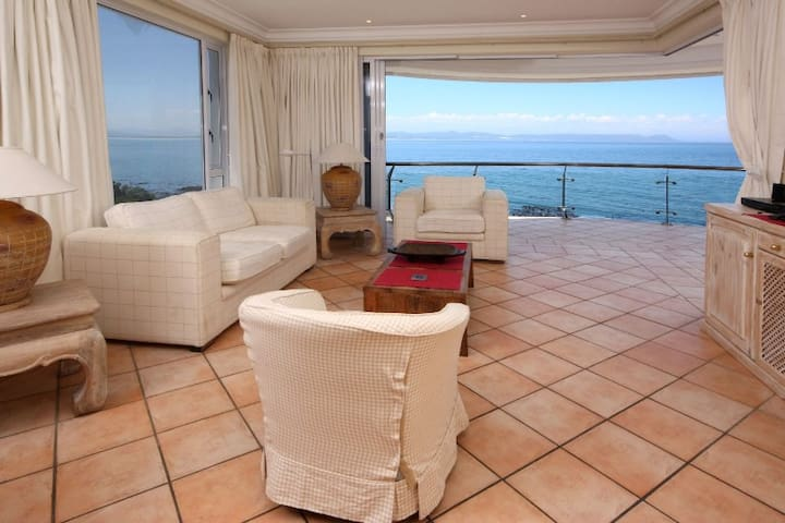 Seafront 3-bed Apartment  - Hermanus - Lägenhet