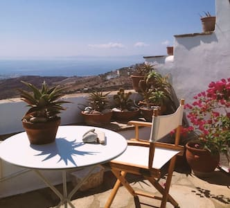 Traditional relaxing Village House - Triantaros