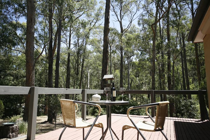 Private Studio Apartment with Stunning Deck! - Healesville