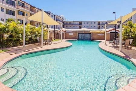 Madison  Apartment with Shared Pool - Joondalup