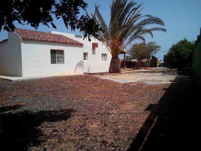 casa rural villaSharon