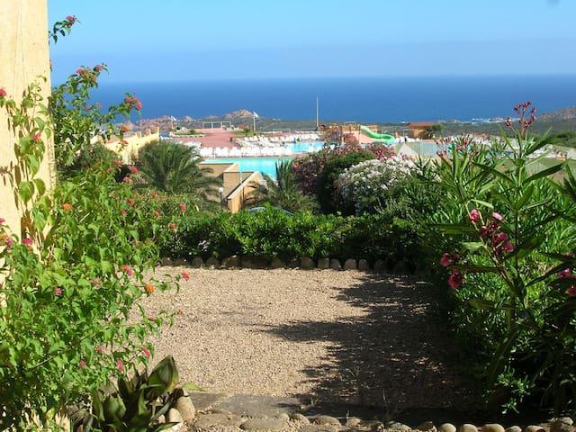 Residence Isola Rossa 2 persone - Paduledda - Apartment