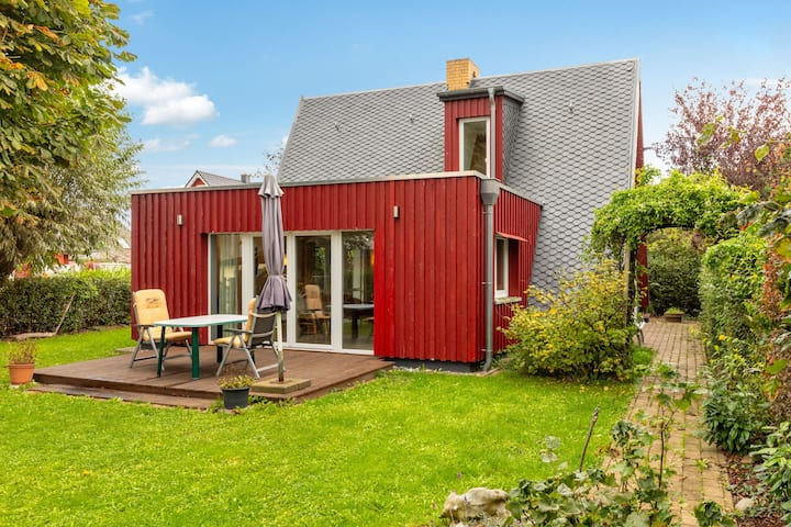 Cosy Holiday Home in Nienhagen near the Forest
