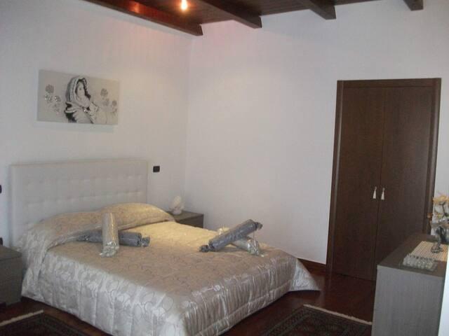 B&B Dimora di Mara - Santeramo In Colle - Bed & Breakfast