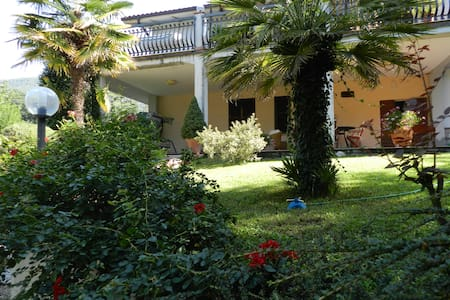 B&B Villa Maria relax e confort - Terni