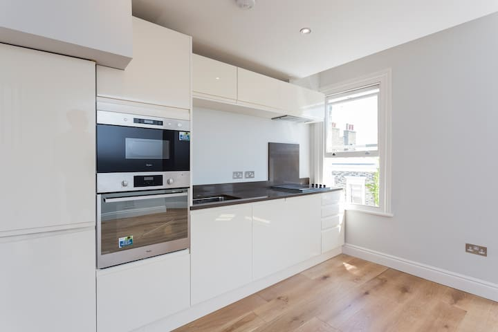 Luxury Duplex Apartment Islington London