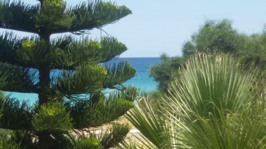 Villetta sul mare - casa vacanze - Fiumarella
