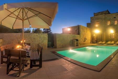 Villa Valletta - Żejtun