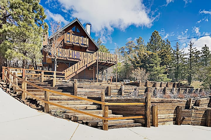New Listing! Mountain-View Chalet Near the Slopes