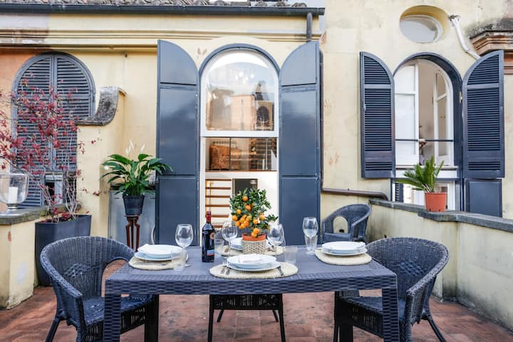 Your Rooftop Terrace at Spanish Steps