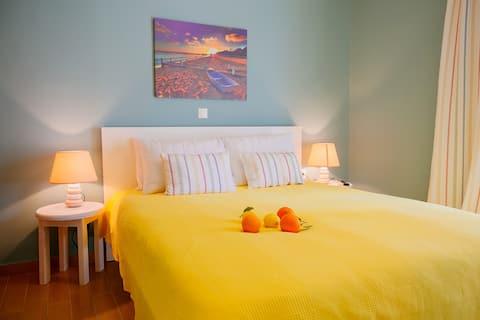 Two bedroom apartment near beach Loutraki for 5